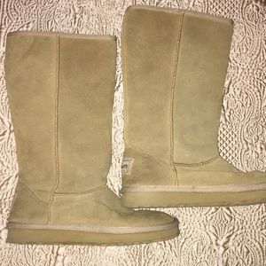 Skechers Women's Leather Boots NWOT Size 6.5.
